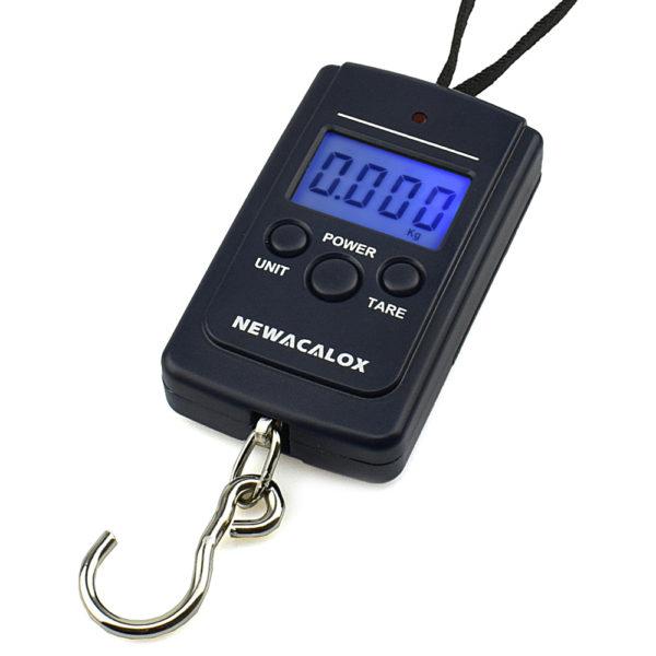 884 1becce0c53acae609538588e7a9e2b8c 600x600 - Mini Digital Luggage Scales with Weighing Hook