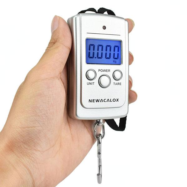 884 5ac365dd498988db01165e130166d85f 600x600 - Mini Digital Luggage Scales with Weighing Hook